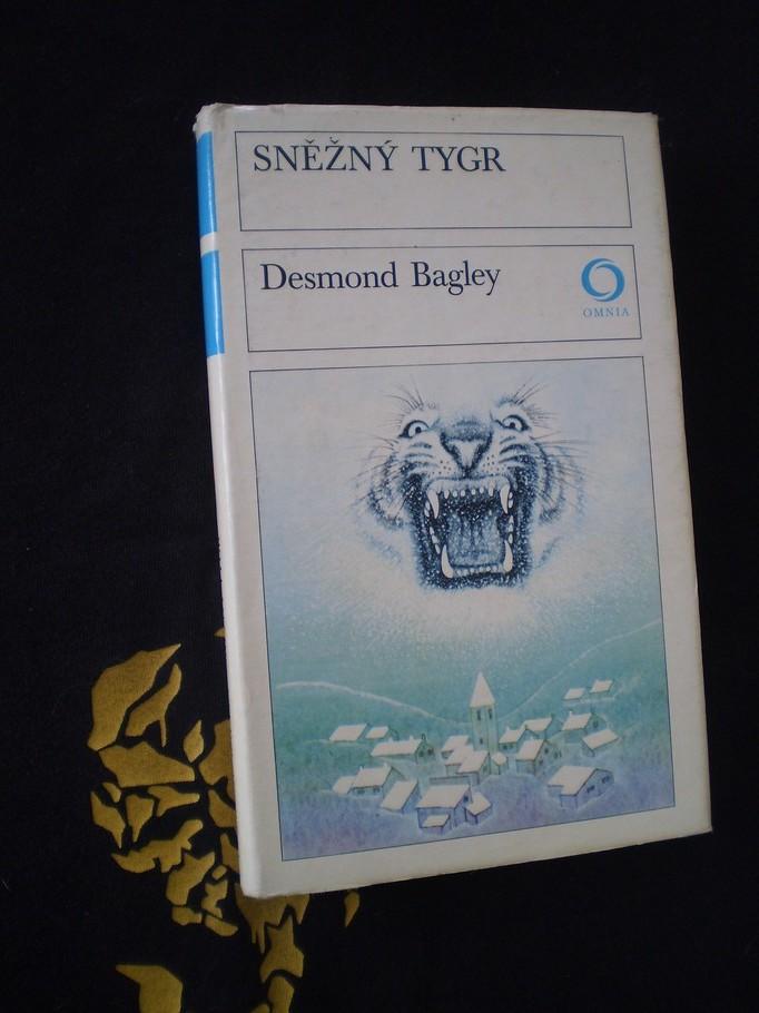 SNĚŽNÝ TYGR - Desmond Bagley