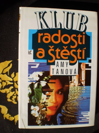 KLUB RADOSTI A ŠTĚSTÍ - Amy Tanová