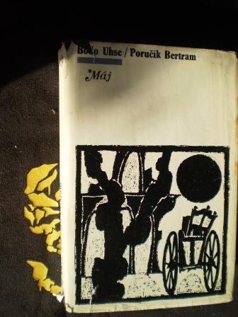 PORUČÍK BERTRAM - Bodo Uhse