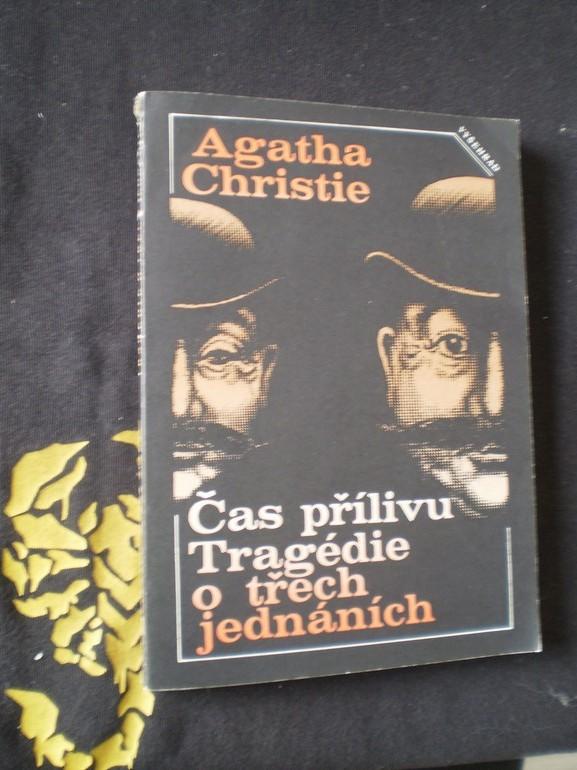 Čas přílivu / Tragédie o třech jednáních - Agatha Christie