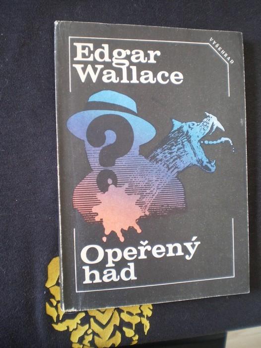 OPEŘENÝ HAD / DVEŘE SE SEDMI ZÁMKY - Edgar Wallace